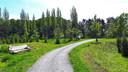 Wie niet beter weet, ziet een groen park. Het is de natuurlijke begraafplaats van Rotterdam.