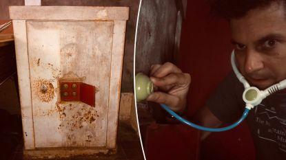 Felix De Clerck zoekt hulp bij openen mysterieuze oude kluis. Twitter schiet meteen te hulp en het is hilarisch