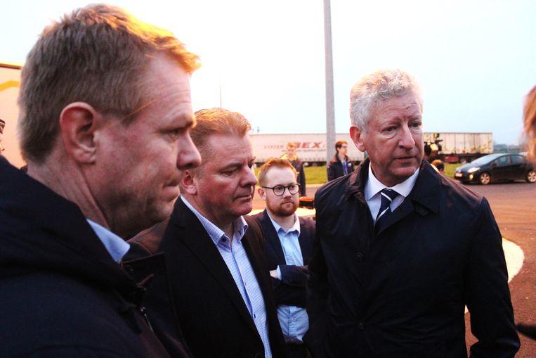 Schepen Hendrik Bogaert (CD&V) uit Jabbeke, burgemeester Anthony Dumarey (Open Vld) uit Oudenburg en minister van Binnenlandse Zaken Pieter De Crem (CD&V).