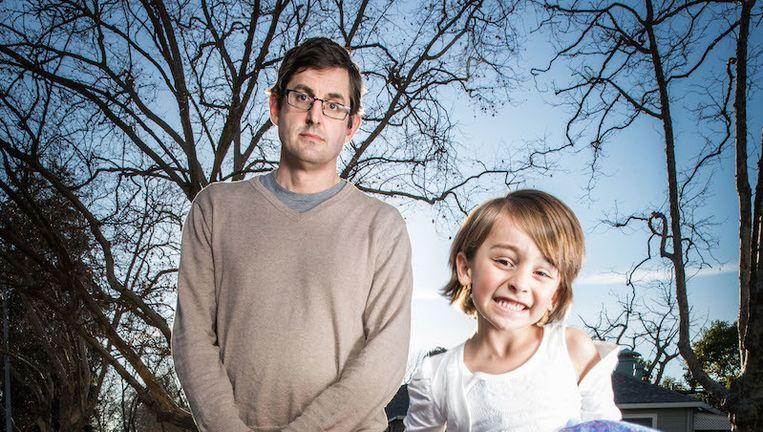 Theroux met Camille (5), die als jongetje werd geboren. Beeld  BBC