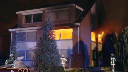 Appartement op eerste verdieping uitgebrand