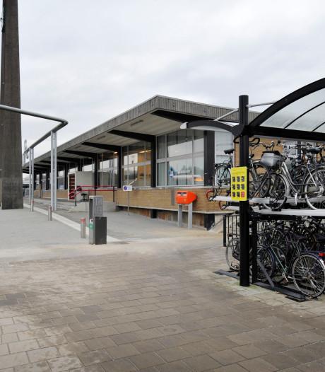 Burgemeester Oldenzaal kwaad over tweede incident met gevaarlijke stoffen bij station