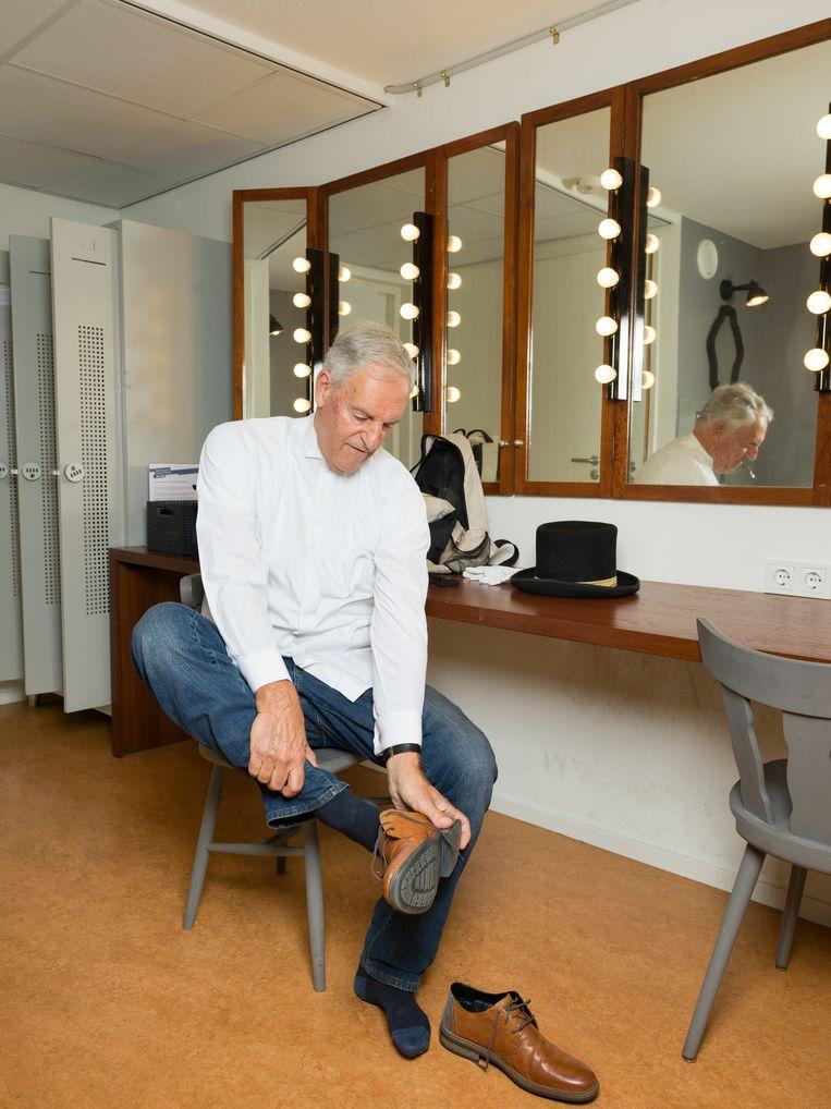In de kleedkamer in de Haagse Schouwburg. Beeld Ivo van der Bent