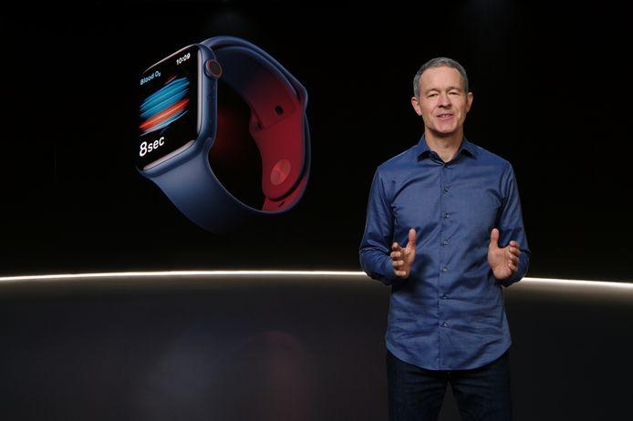 L'Apple Watch Series 6, disponible en précommande dès mardi et en magasins vendredi, est commercialisée à partir de 399 dollars.