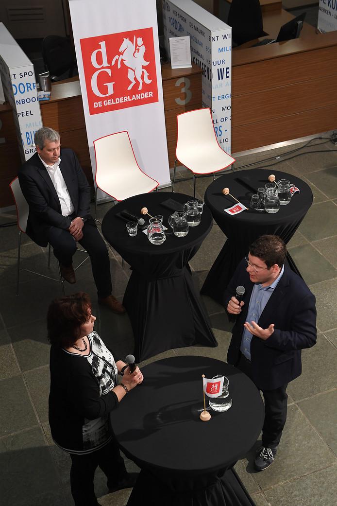 Mark Janssen, rechts, in debat met Anne Derks tijdens het lijsttrekkersdebat van vlak voor de verkiezingen.