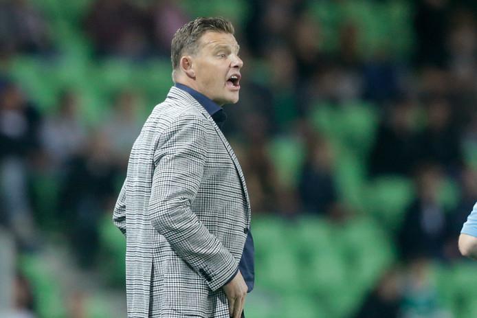 """PEC Zwolle-trainer John Stegeman was ontstemd na de 2-0 nederlaag van zijn ploeg zaterdagavond: ,,We hebben een hele matige wedstrijd met elkaar gespeeld, waarin we ons al heel vroeg hebben overgegeven aan Groningen."""""""