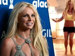 Britney Spears partage une vidéo dans laquelle elle se casse le pied