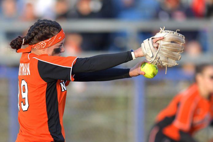 Eva Voortman in actie voor Oranje tegen Italië, in 2018.