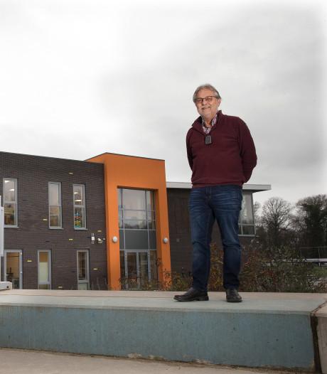 Onstein en Linders stoppen na 40 jaar met lesgeven: 'Heel Gaanderen is trots op onze school'
