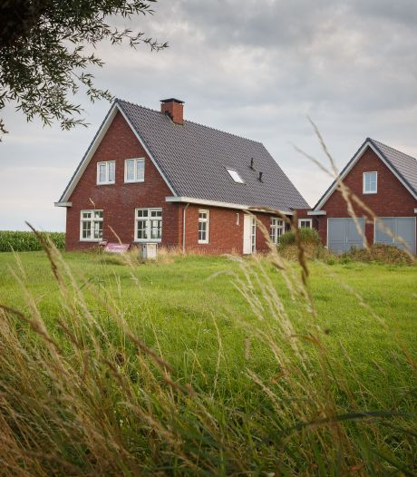 Schaakspel om 'spookhuis' aan de Kleine Veerweg in Zwolle in patstelling: rechter moet uitkomst bieden