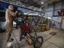 Eindelijk volledig herstel van historische Fokker in Lelystad: 'Een prachtige puzzel'