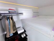 Amsterdamse hotels springen in op woningnood: 799 euro voor hokje met bed