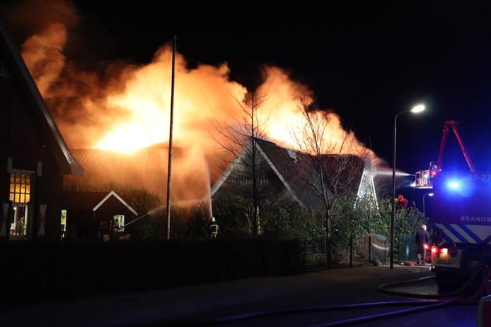 De brand verwoeste alles bij firma Morsink.