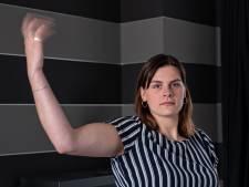 Brigit (24) is ten einde raad: haar spieren trillen onbedwingbaar en niemand weet waarom