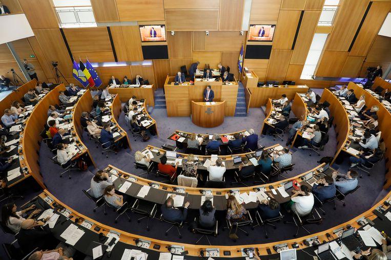 In het Brussels parlement zullen binnenkort burgers uitgeloot worden om mee te discussiëren.