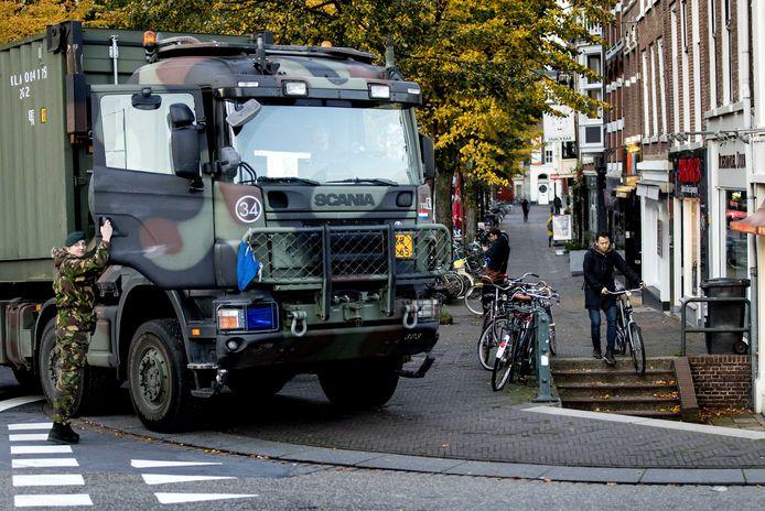 Het leger in Den Haag voor het boerenprotest.