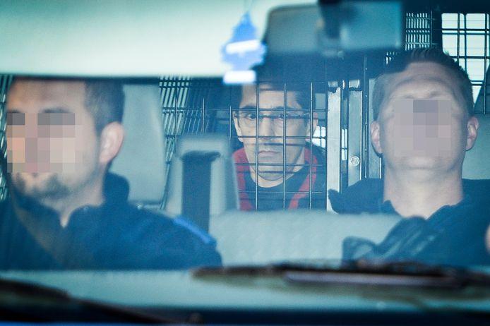 L'individu a été interpellé le 24 février dans le cadre d'une information judiciaire ouverte depuis le 26 décembre concernant des appels via les réseaux sociaux à s'en prendre à Michel Lelièvre, l'ancien complice de Marc Dutroux, libéré il y a quelques mois.