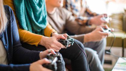Videospelletjes spelen op het werk bevordert samenwerking tussen collega's