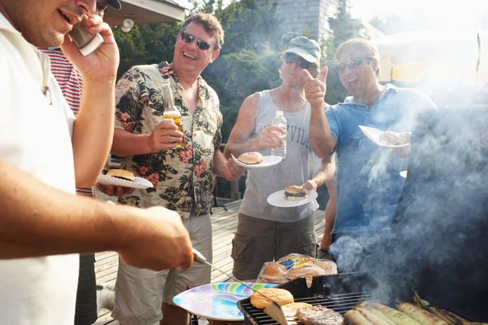 Een barbecue kan ook voor geluidsoverlast zorgen.
