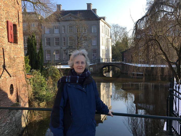 Helen Hootsmans-McMahon, enkele jaren terug op de Zuidsingel in Amersfoort.