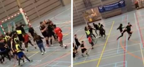 Zaalvoetbalpot voor jeugd in Deventer ontaardt in matpartij