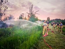 Brand in natuurgebied Deurnsche Peel opnieuw opgelaaid, omwonenden zien vlammen gevaarlijk dichtbij