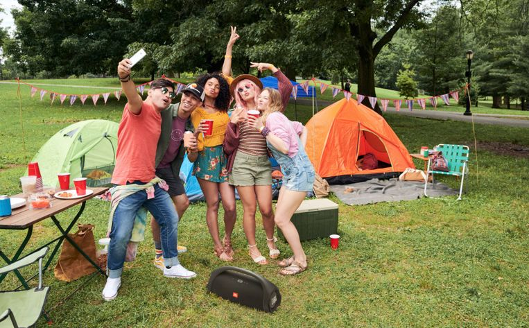 Een festival kun je, netjes verantwoordelijk binnen je bubbel, zo goed als overal organiseren