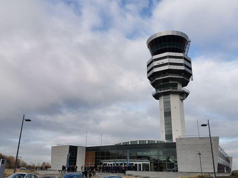 De luchtverkeerstoren bij Brussels Airport.