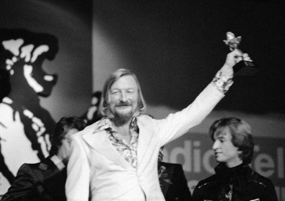 James Last bij een prijsuitreiking in 1974.