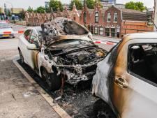 Politie over vele autobranden in Dordrecht: 'We willen hier graag een eind aan maken'