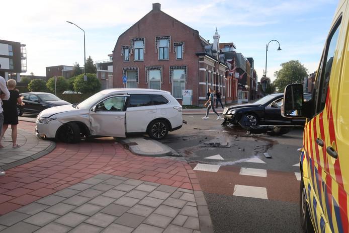 De schade na het ongeluk in Rijen.