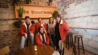 Vijf creatieve jongeren brengen mensen samen in oude hoeve