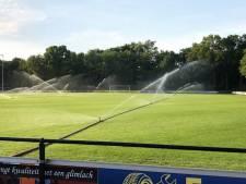 Pas half september weer voetballen op gras SV Dalfsen