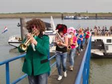 Elf bandjes op 19e dweilbandfestival Hansweert