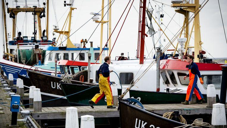 Een visser in Urk Beeld anp