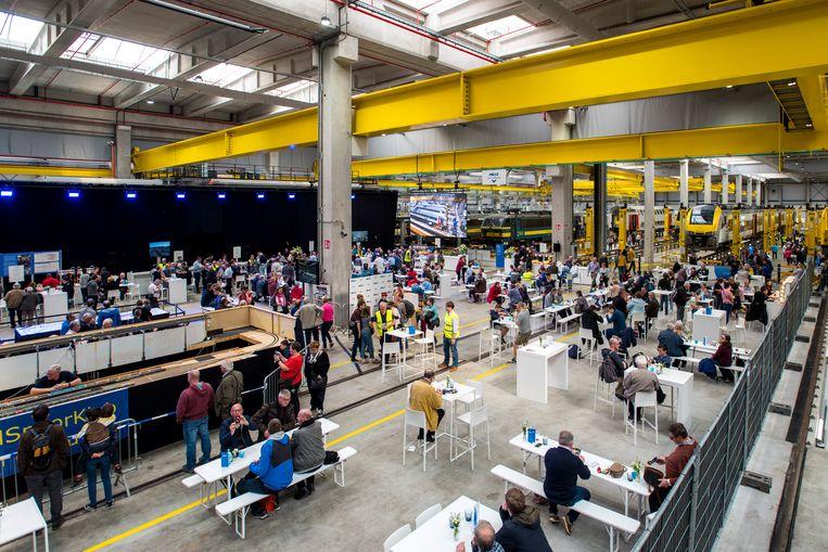 Opendeur in de nieuwe werkplaats van de NMBS in Melle : meer dan 4.000 bezoekers.