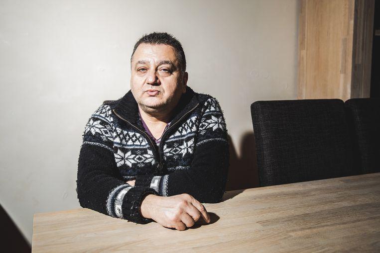 Taxichauffeur Yussuf Disli wist niet dat zijn zaak geseponeerd is.