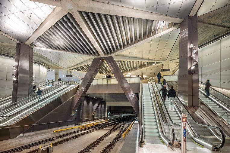 Metrostation van de Noord-Zuidlijn in Amsterdam. Beeld Jannes Linders
