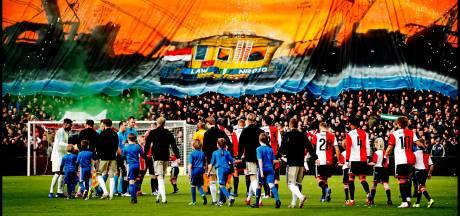 Boete van 25.000 euro voor Feyenoord na vuurwerk tijdens Klassieker