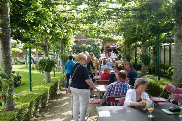 Opentuinendag succesvol met vierhonderd tuinliefhebbers.