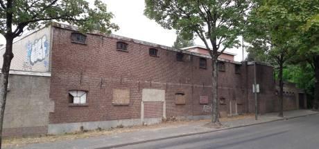 Raad in Oisterwijk wil snelle sloop van kartonnagefabriek: 'En na de zomer zicht op plan'