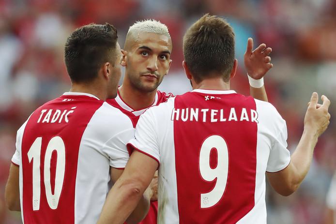 Dusan Tadic, Hakim Ziyech en Klaas-Jan Huntelaar.