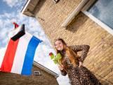 Geslaagden hangen ondanks alles de vlag uit: 'Je bent blij, maar het is heel anders'