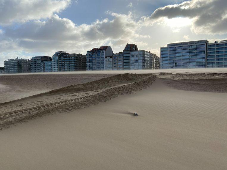 Het strand van Knokke is gehavend door de storm Ciara, al was de enorme zandsuppletie sowieso gepland