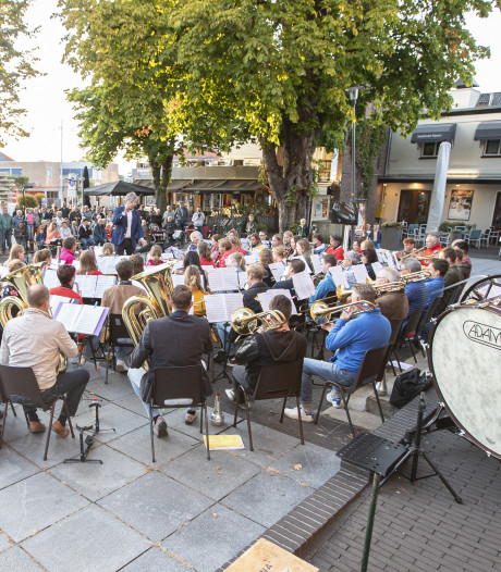 Flashmob als opmaat voor concert Wilhelmina Rijssen