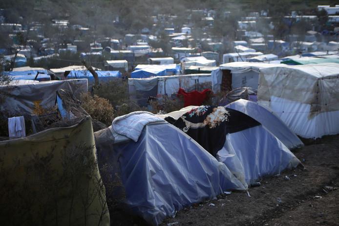 Het kamp Moria voor vluchtelingen en migranten op het Griekse eiland Lesbos waar nu een eerste geval van besmetting met het coronaviris is vastgesteld