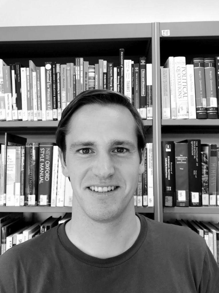 Jasper Simons. PhD-onderzoeker aan het European University Institute in Florence, politiek econoom gespecialiseerd in Centraal- en Oost-Europa en Europese zaken. Beeld