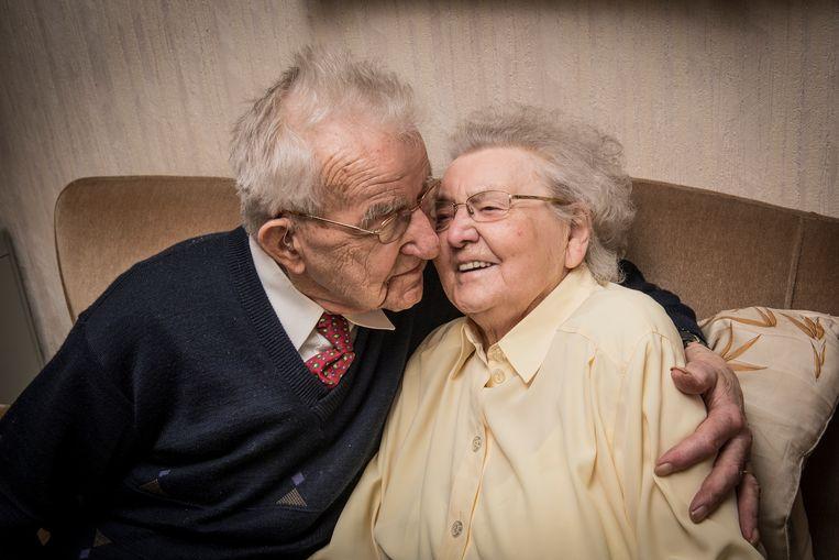 Frits de Brabandere (103) verliest zijn wederhelft Carola Wambeke (100), met wie hij 78 jaar samen was.