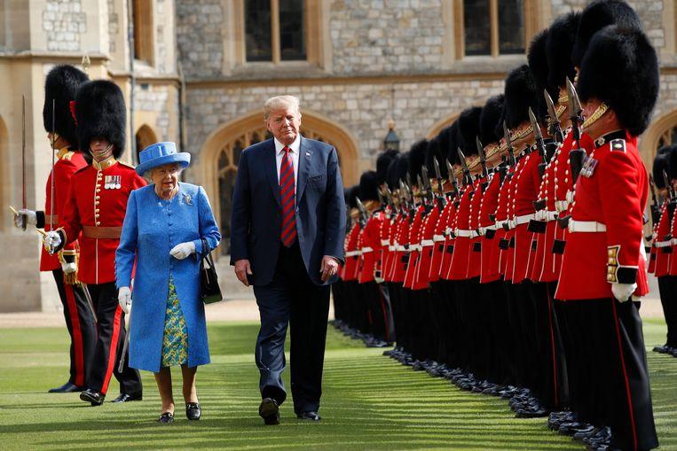 Trump ontmoette koningin Elizabeth II vorig jaar in juli al op Windsor Castle. Het ging toen om een werkbezoek en geen officieel staatsbezoek.