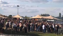 """Buurt spreekt schande over festival: """"Super veel mensen op elkaar gepropt zonder afstand!"""""""